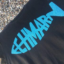 Glitzer – Fehmarnfisch – Shirt für Inseldamen